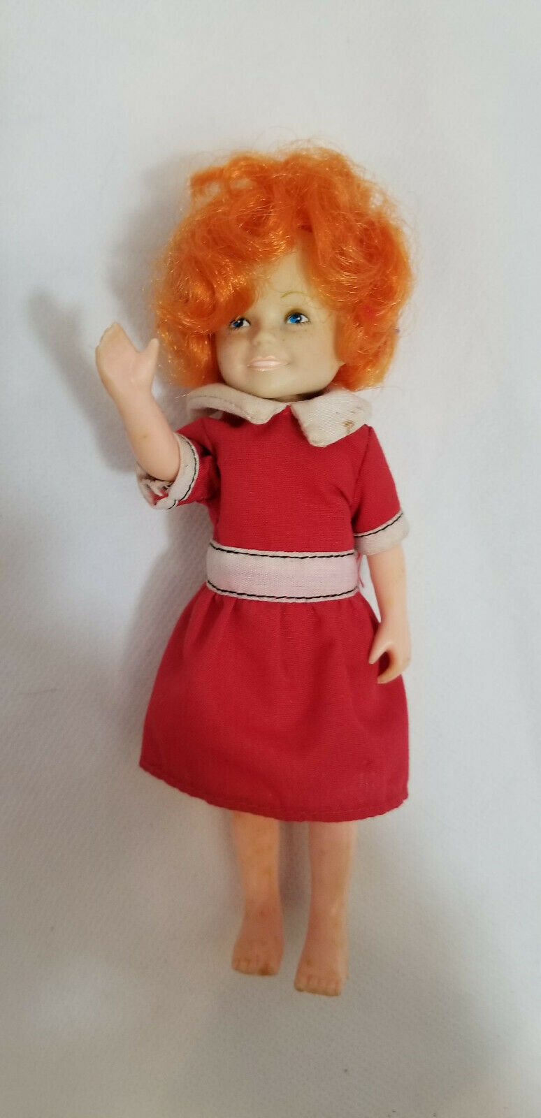 The World of Annie by The World of Annie Annie Knickerbocker Toy Co//Columbia Pictures. 1982 Knickerbocker Little Orphan ANNIE DOLL 6 Tall