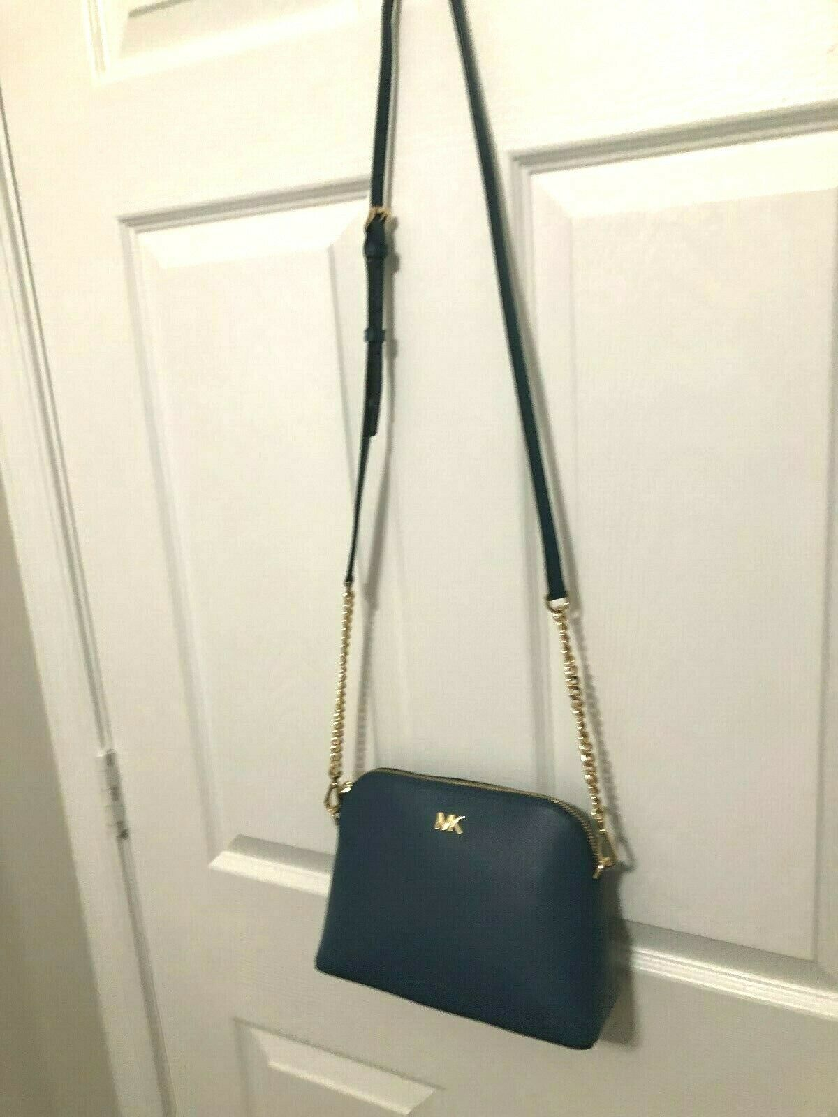 Michael Kors Mott Cindy Large Zip Dome Crossbody Bag Crossgrain Leather Chambray image 11