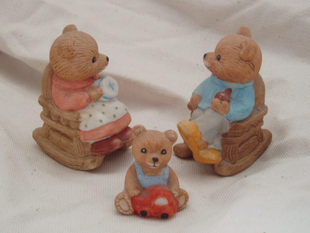 Homco bear family retired home interiors c figurines Home interiors figurines homco