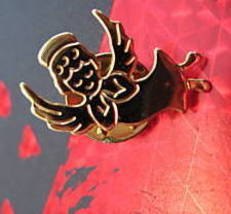 Small GOLD ANGEL With WINGS Souvenir Lapel Pin - $4.99