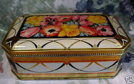 Vintage PEEK FREAN Biscuit Cookie Tin Collector Souvenir FLOWERS Collect... - $14.95