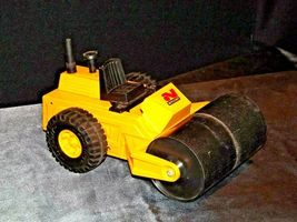 Nylint DiCast Paver Toy USA AA19-1470 Vintage image 3