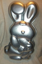 VINTAGE AMSCAN ALUMINUM EASTER BUNNY WITH EGG CAKE PAN OR MOLD - $14.99