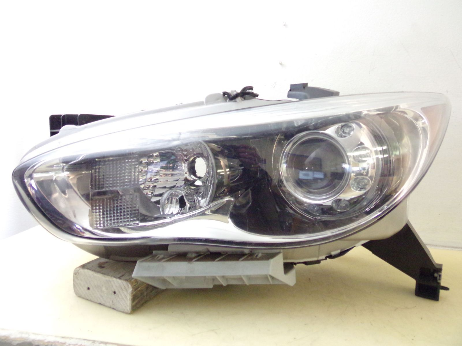 Primary image for 2013 INFINITI JX35 2014 2015 QX60 DRIVER LH XENON HID HEADLIGHT OEM 59