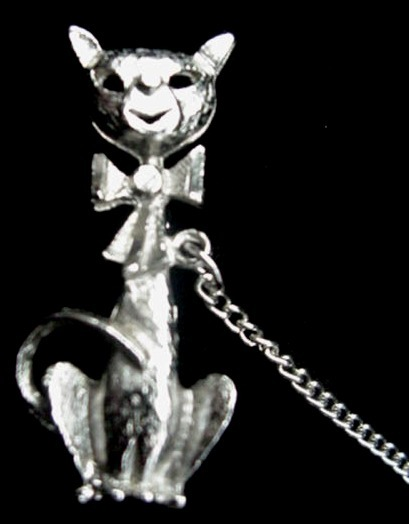 Vintage Kitty Cat & Heart Double Pin W/ Chain Brooch Old