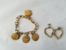 Mode Rétro Doré Breloque Bracelet Gravé & Forme Coeur Boucles - $49.19