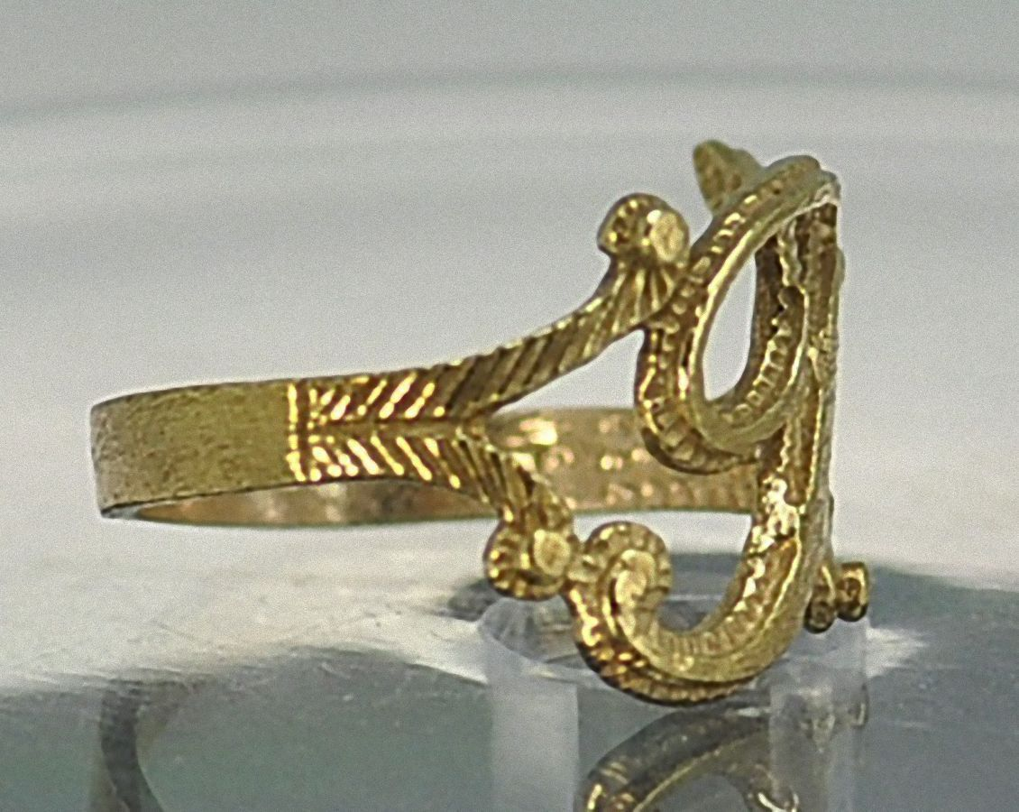 NICE New Gold plated Silver letter Initial T ring jewelry