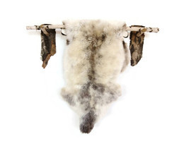 Beautiful sheepskin rug. RARE breed!!! Not dyed!!! Very original color! ... - $199.00