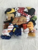 Walt Disney Mundo 5 Piezas Mickey y Amigos Afelpado Juego Sellado en Bolso - $15.47