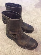 Mens UGG Rockville S/N 5627 Lined Engineering Motorcycle boots Size 11.5 - $2.403,58 MXN