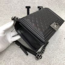 AUTHENTIC CHANEL LE BOY BLACK QUILTED CAVIAR LEATHER MEDIUM FLAP BAG RHW image 4