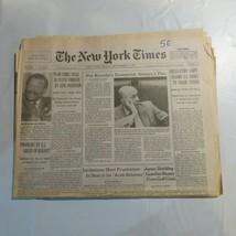 The New York Times September 21 1990 Kremlin Jordan Japan Overture in Af... - $39.99