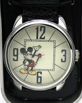 Disney Watch Men's XL Mickey Mouse Watch Retired New - $1.568,11 MXN