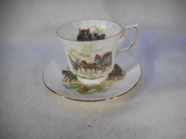 Vintage Elizabethan English Bone China Tea Cup and Saucer Carriage Beaut... - $39.55