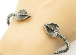925 Sterling Silver - Vintage Sculpted Flower Etched Detail Cuff Bracele... - $88.65