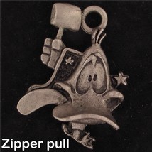 ZIPPER PULL Daffy Duck WARNER BROS LOONEY TUNES Pewter GIFT WB STORE 4389 - $13.36