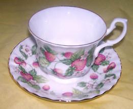 TEA CUP & SAUCER LYNDALE ROYAL ALBERT ENGLAND - $42.08