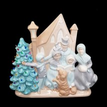 Vintage 76 Atlantic Mold Ceramic Christmas Scene Carolers Church Light U... - $74.79