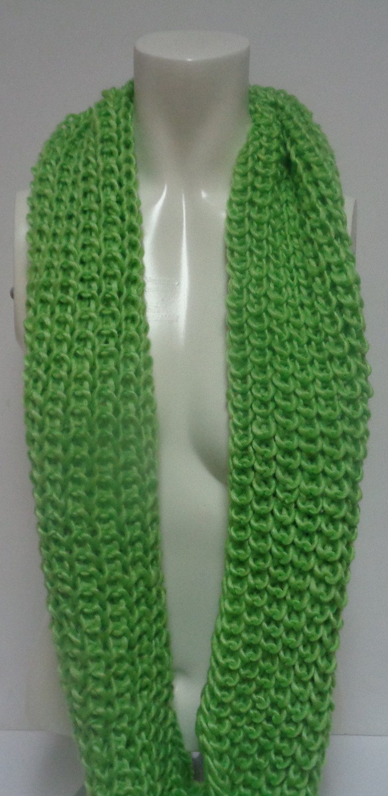 """Winter Scarf Lime Green NWT Women's Sz Adult 27"""" Infinity Style Free Ship"""