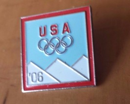 """2006 Winter Olympic Turin Italy Lapel Pin 1"""" x 1"""" Snow Capped Mountains - $12.86"""