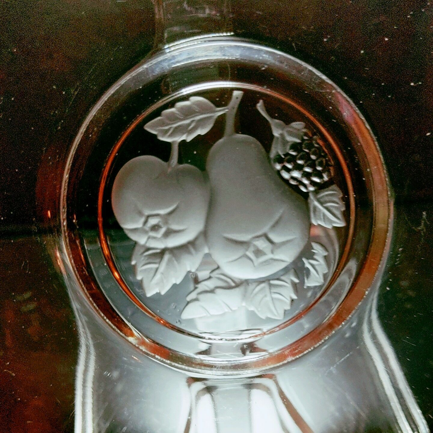 """12 VINTAGE IMPERIAL GLASS Frosted Fruit Intaglio Round 6.25"""" Plates"""