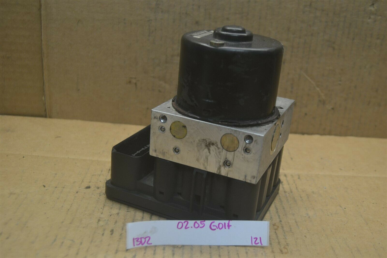 Primary image for 02-05 Volkswagen Golf ABS Pump Control OEM 1C0907379K Module 121-13d2