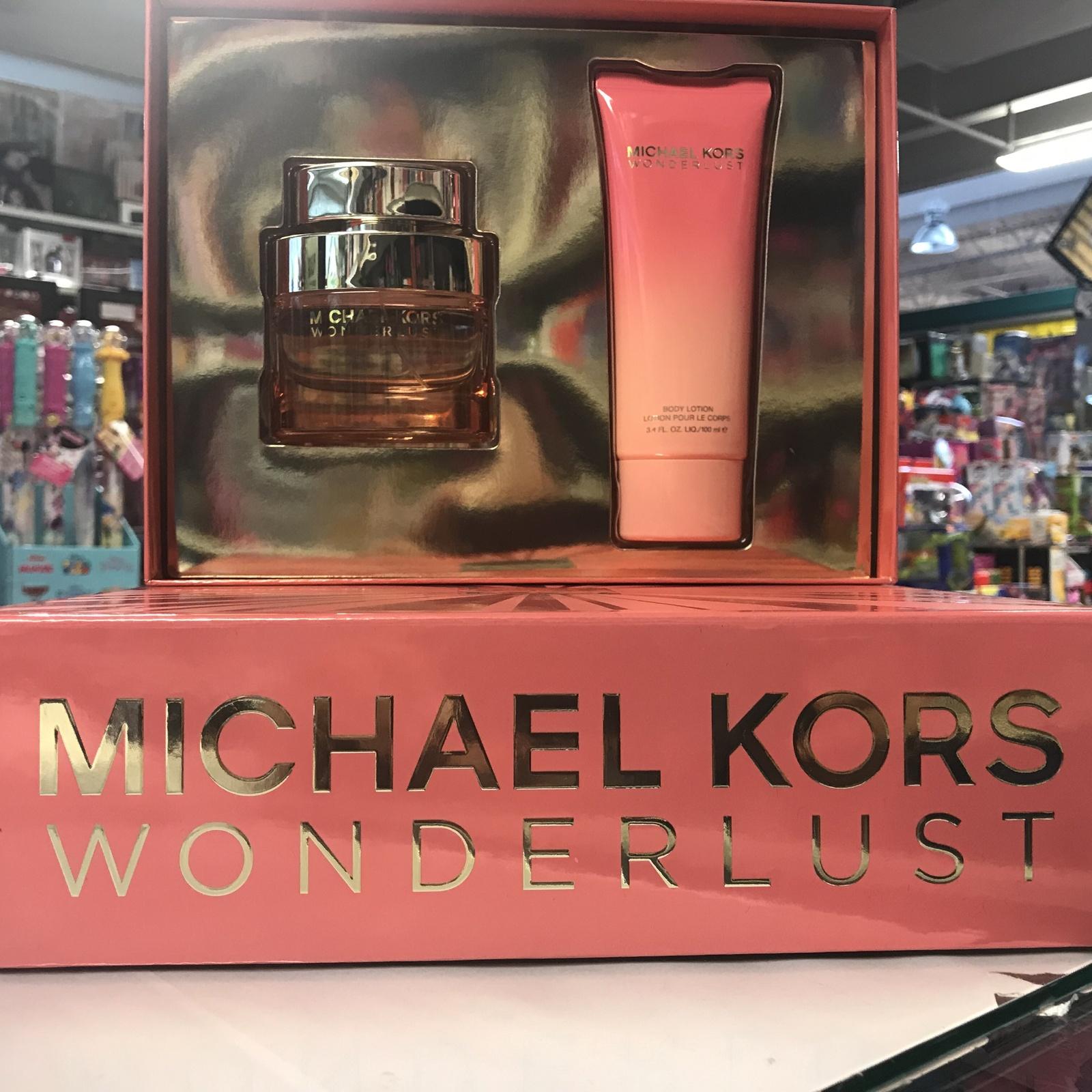 Michael Kors Wonderlust 2Pcs Women Set, 1.7 oz + 3.4 oz Body Lotion
