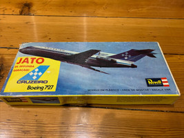 Revell 1:144 Boeing 727 CRUZEIRO Plastic Model Kit NEW - $87.29
