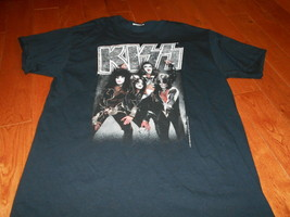 Kiss Size Medium T Shirt Rock Band Concert Ace Gene Paul Criss Black NEW  - $12.86