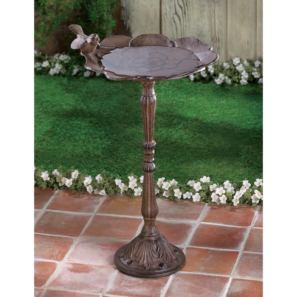 Rustic iron birdbath 33