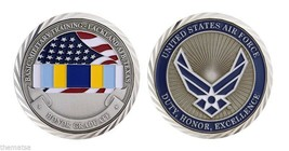 "LACKLAND AIR FORCE BASE HONOR GRADUATE MILITARY 1.75"" CHALLENGE COIN - $16.24"
