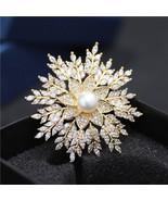 High-end Freshwater Pearl Snowflake Brooch Zircon Brooch - $19.98