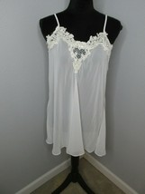 BI DENTELLE WHITE w/EMBROIDERED LACE pearls  NIGHTGOWN, SIZE medium negl... - $19.79
