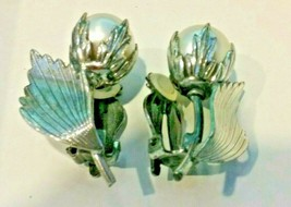 """Vintage Jewelry:1""""Botticelli  SilverToneClipOn W/ Faux PearlEarrings04-1... - $11.99"""