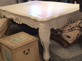 Large White French Country Coffee Table - with Carving  Or Best OFFER!! - €228,65 EUR