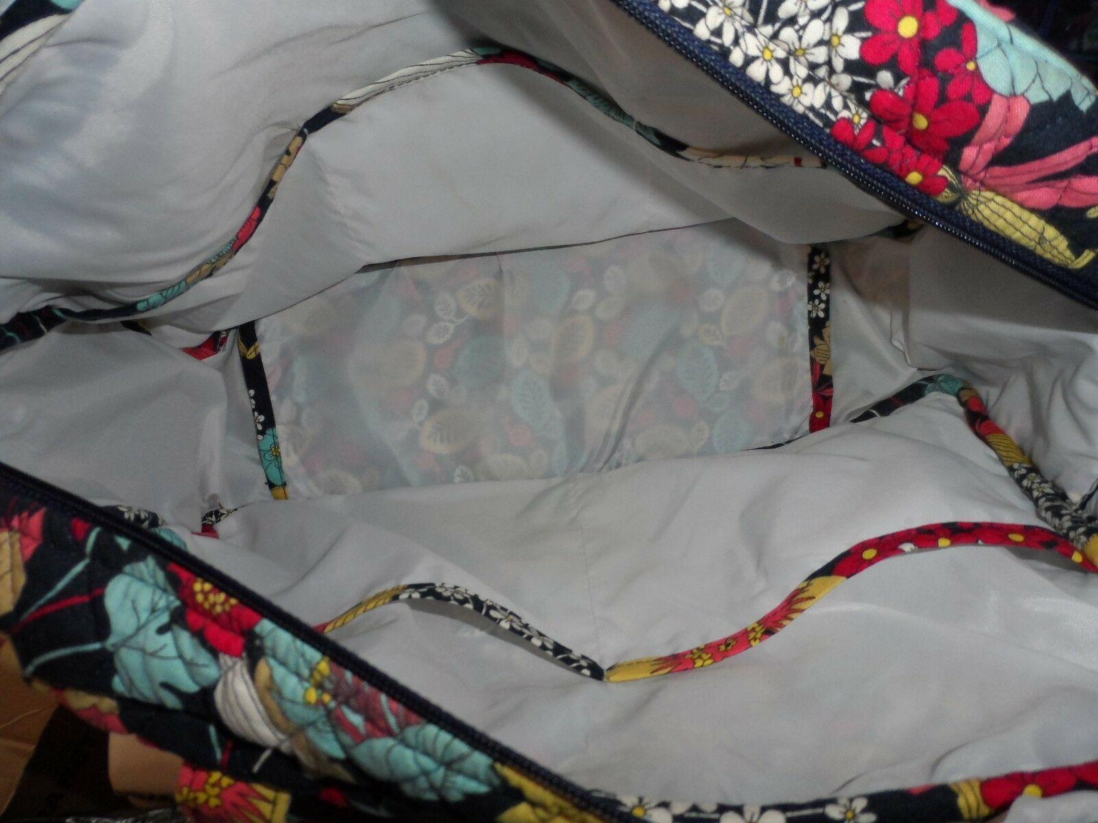 Vera Bradley Baby Bag Diaper travel bag in Happy Snails pattern