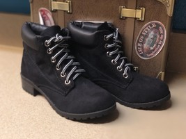 """Soda Womens Size 6 Black 1"""" Heeled Ankle Boots Brand New - $14.94"""