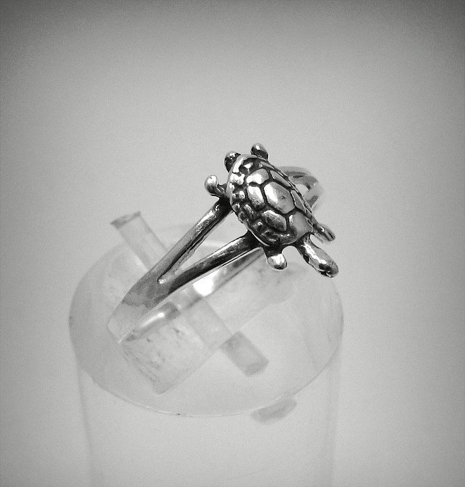 R001273 STERLING SILVER Ring Solid 925 Small Turtle