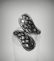R001278 Stylish Sterling Silver Ring Solid 925 Snake Skin - $15.60