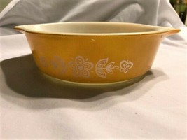 Vintage Pyrex  Butterfly Gold 1 Qt. Baking & Microwavable Casserole Dish - $23.00