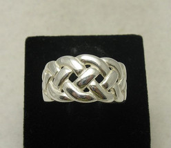 R000393 Stylish STERLING SILVER Ring Solid 925 Stitch Band - $345,61 MXN