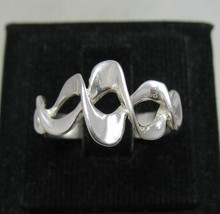 R001132 Sterling Silver Ring Solid 925 Twist - $8.10