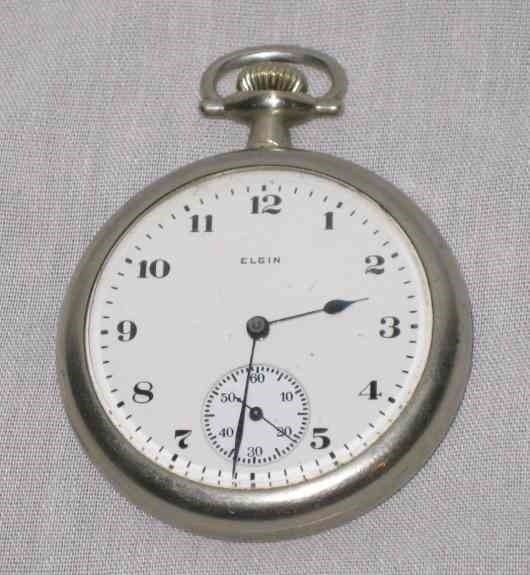 "NEAT Vintage 1 7/8"" ELGIN Pocket Watch"