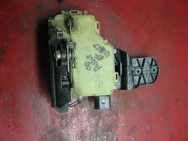 98 99 01 02 03 04 05 00 VW passat right front door latch & power lock actuator - $24.74