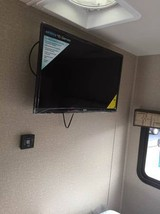 2017 Dynamax Isata 3 with Mercedes Sprinter Diesel For Sale In Seattle, WA 9816 image 7