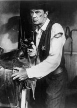 Gary Cooper as embattled Will Kane draws gun in stable High Noon 5x7 photo - $5.75