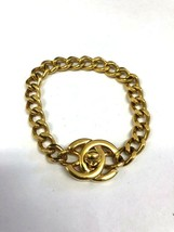 Auth Chanel turn locking bracelet gold 96P type - $821.89