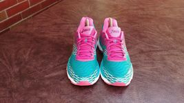 Womens Asics Gel Nimbus 18 Running Shoes SZ 7 Used Sneakers Trainers image 3