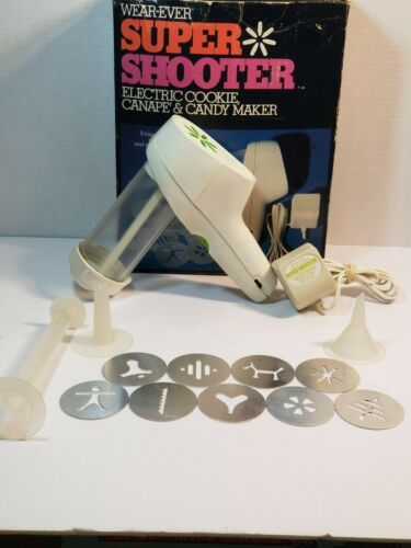 Primary image for Vintage Wear-Ever Super Shooter Electric Cookie and Candy Maker Spritz 70001