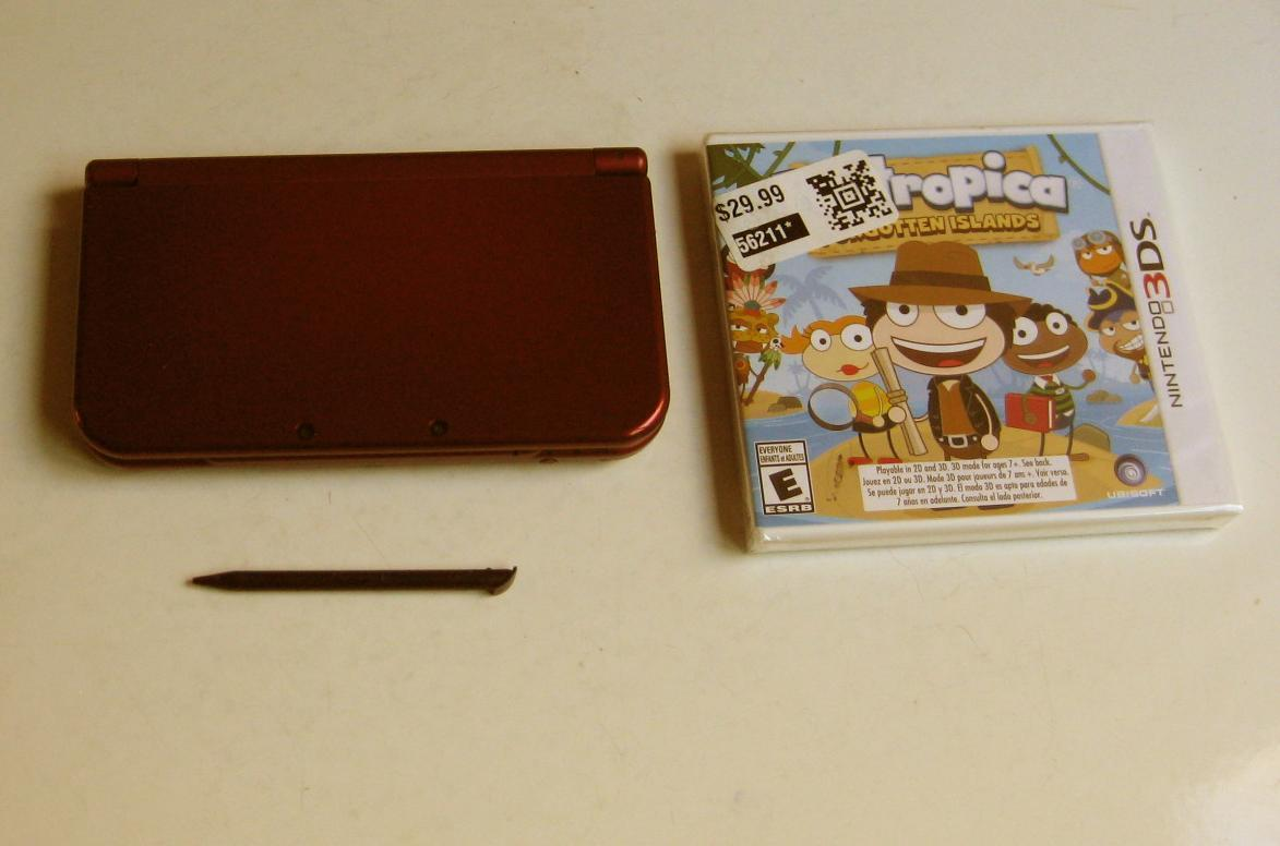 Primary image for Good Conditioned Red New Nintendo 3ds XL & more!
